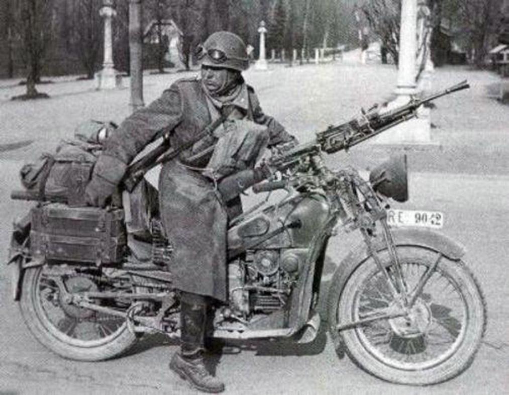 Guzzi e lesercito moto Alce